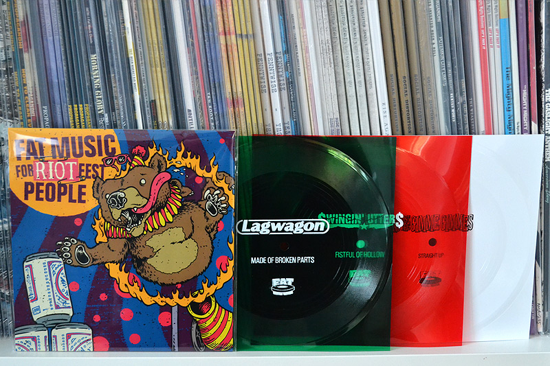 V/A: Fat Music For Riot Fest People - Green, red + white flexi disc