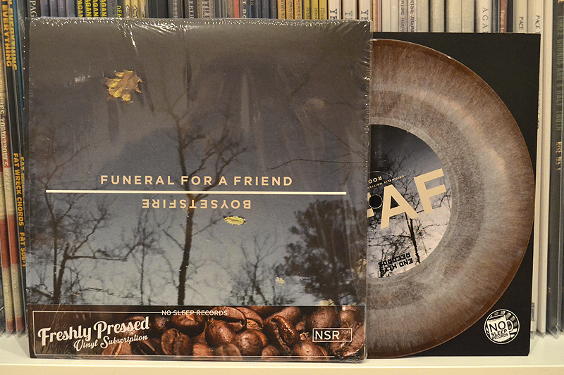 BOYSETSFIRE/FUNERAL FOR A FRIEND: SPLIT 7'' - Coffee w/ creamer haze vinyl